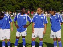 En 2005, Carlier, Mouloungui, Assami et Arrache sont pr閟ents au 75鑝e anniversaire du FC Mothern.
