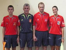 L'閝uipe arbitrale du FC Mothern (en juillet 2008).