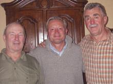Raymond Zimmermann, Jean Veyretout et G閞ard Schmitt (de gauche � droite) : quarante ans apr鑣 !