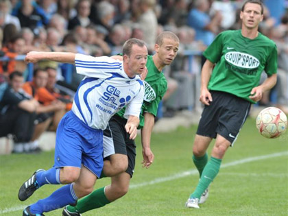 Le FC Steinseltz, les SR Colmar et d抋utres seront � nouveau pr閟ents pour l掗dition 2012 de Festifoot.