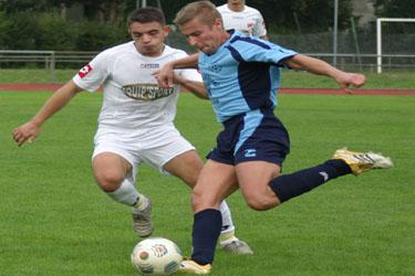 Manuel Schmaltz et l'閝uipe fanion face au FC Soufflenheim.